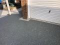 aspen borders on slate grey driveway